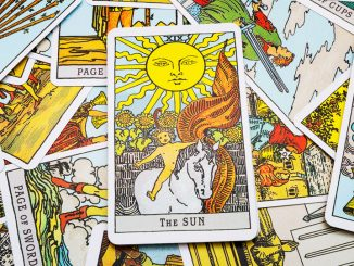 Reasons Tarot Reading Is A Waste Of Time